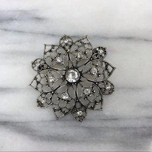 Vintage Vtg Floral Rhinestone Brooch Pin Jewelry